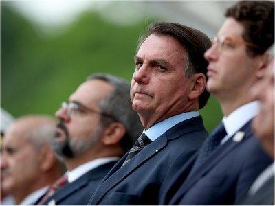Militar de séquito de Bolsonaro acepta condena por llevar cocaína