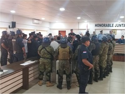 Nuevos incidentes en sesión de Junta Municipal en Pedro Juan Caballero