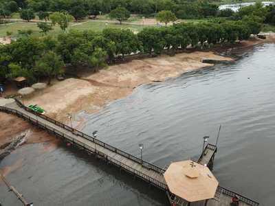 Trabajos de revitalización del Lago Ypacaraí