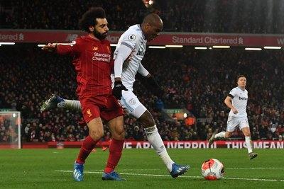 Liverpool derrota a West Ham y suma 79 puntos de 81 posibles