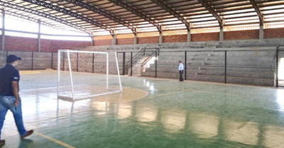 Oîmbáma los grupos de futsal