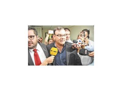 El diputado Rivas chicanea y por tercera  vez suspende su preliminar