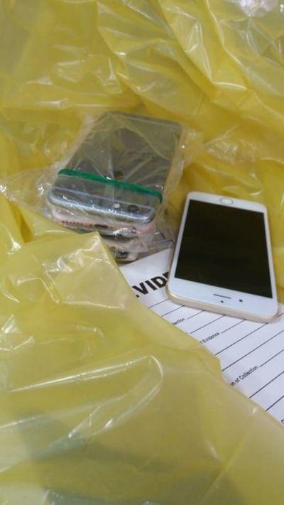 Decomisan celulares falsificados durante allanamientos simultáneos en CDE