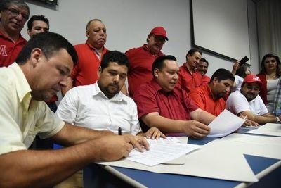 Divisiones entre colorados que firmaron acuerdo para elegir candidato de consenso a la intendencia de CDE