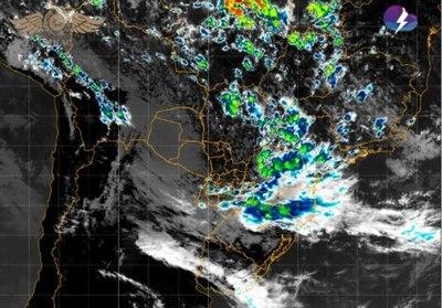 Alertan por tormentas para Central y alrededores