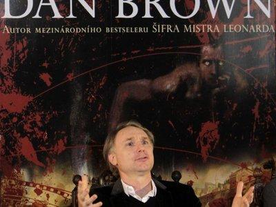 Dan Brown debuta en la literatura infantil con La sinfonía de los animales