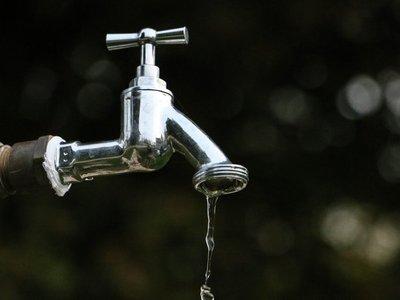 Varias familias de Asunción y Central quedan sin agua