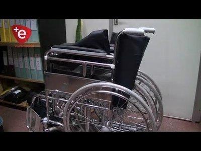 GOBERNACIÓN ENTREGA SILLAS DE RUEDAS A PERSONAS CON DISCAPACIDAD EN ITAPÚA