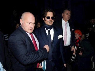 Johnny Depp niega las acusaciones de abuso contra Amber Heard