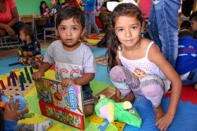 Entregan equipamientos a centro del Programa Abrazo de Santa Rosa