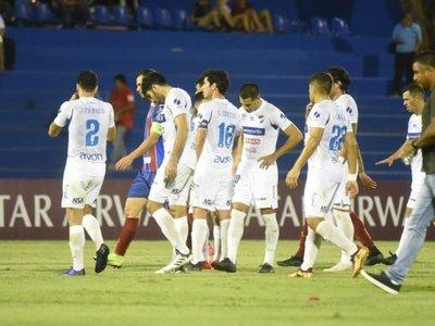 Nacional vuelve a caer ante Bahía y queda eliminado de la Sudamericana