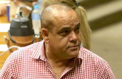 Núñez: No existe permiso y no asume suplente con tres ausencias