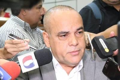 Bachi Núñez: Fiscalía mide con varas diferentes a colorados y opositores