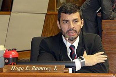 Musculín Ramírez también se lanza por Asunción del Paraguay, tus naranjos y tus flores...