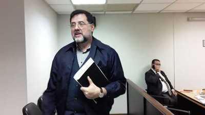 Confirman pena de 3 años a exministro de Educación Luis Riart