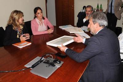 Médicos del Hospital Niños de Acosta Ñu se especializarán en Italia tras firma de acuerdo.