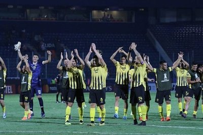 Guaraní venció a Palestino y se mete a la fase de grupos de la Copa Libertadores