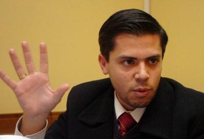 Cuevas estrena abogado. Duarte Cacavelos empezará el trabajo con una chicana
