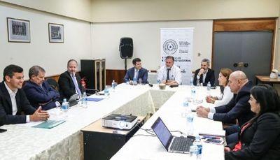 Benigno se reunió con exministros de Hacienda y expresidentes del BPC para analizar cambios al IRP