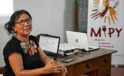 """HOY / """"El desprecio y odio a los pueblos indígenas es histórico y hoy se visibiliza con la muerte de mujeres y niñas"""", advierte especialista"""