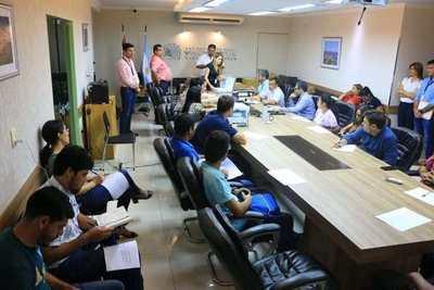 Yacyretá abrió sobres de ofertas para construcción de viviendas en Encarnación