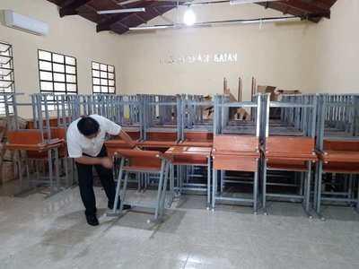 Gobierno distribuye en Misiones pupitres adquiridos a través de Yacyretá