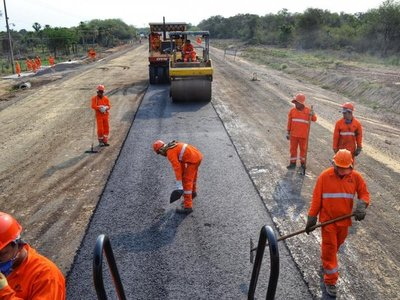 Deuda del MOPC con constructoras ya llega a los USD 100 millones