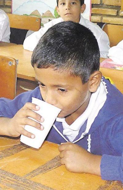 El lunes habrá leche en escuelas de Central