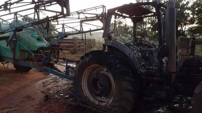 HOY / Queman tractor en zona de influencia del EPP