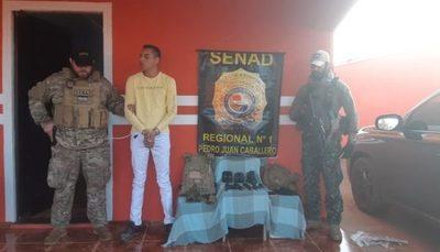 Capturan a brasileño con cargamento de armas militares y droga