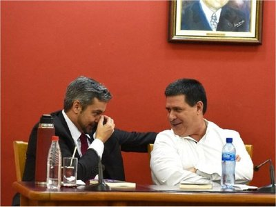 Abdo Benítez destaca el liderazgo político de Horacio Cartes