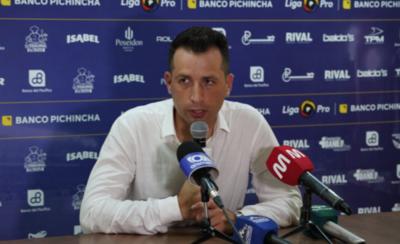 HOY / Queda sin técnico a pocos días de su debut en la Libertadores