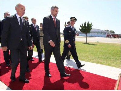 Mario Abdo viaja a Uruguay por asunción presidencial de Lacalle Pou