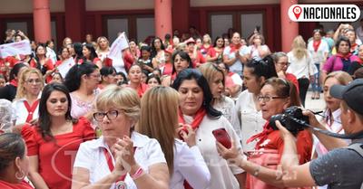 Mujeres coloradas apuestan al liderazgo de equipos políticos