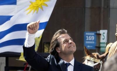 HOY / Luis Lacalle Pou asume como nuevo presidente de Uruguay