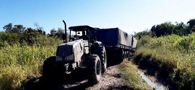 Con tractor hacen llegar merienda