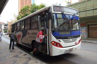 Plantean habilitar carril único para buses a fin de acelerar el tránsito