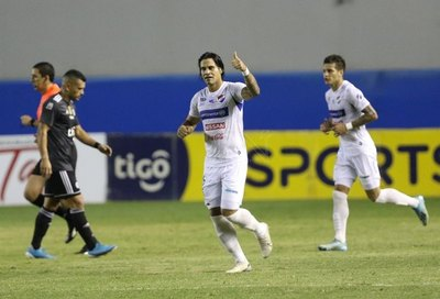 Beltrán escuchó lo que Derlis González dijo al árbitro
