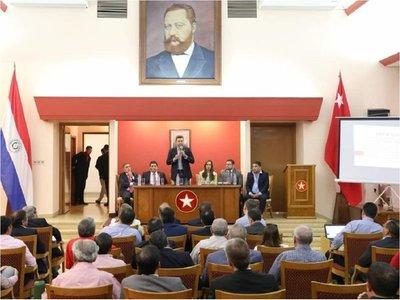 Galaverna pide encuentro entre Cartes y Abdo en un plazo de 72 horas