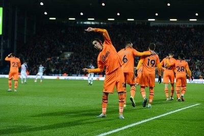 Almirón definió estupendamente para el gol del Newcastle en FA Cup