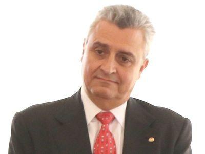 """Grave: Ministro Villamayor está convencido que policías trabajan para """"Minotauro"""""""