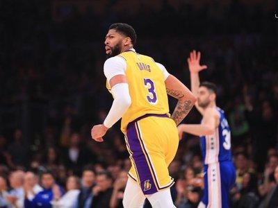 Davis aporta doble-doble a la victoria de los Lakers
