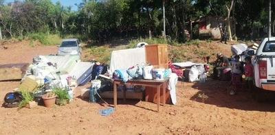 HOY / En Luque desalojan a 100 familias de predio privado