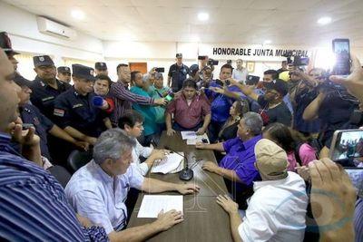 Asociación de Juntas Municipales del Paraguay dictamina a favor de la mayoría de los 7 concejales