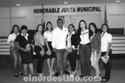 En tumultuosa sesión ordinaria de la Junta Municipal en Pedro Juan Caballero, mayoría destituye al presidente Éver Salinas