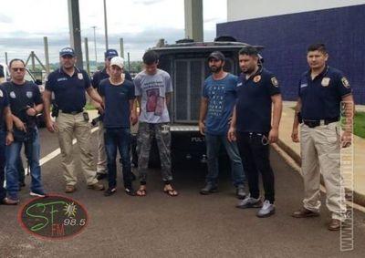 Brasileños prófugos de una cárcel de su país fueron expulsados