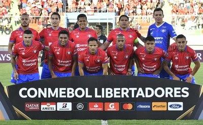 Con dos paraguayos Wilstermann sorprende en Copa Libertadores