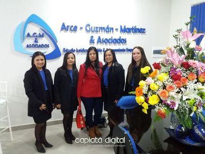 Inauguran moderno estudio jurídico, contable y de asesoramiento empresarial en Capiatá