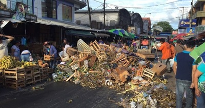 90 toneladas de basura dejó la previa de Navidad en el Mercado