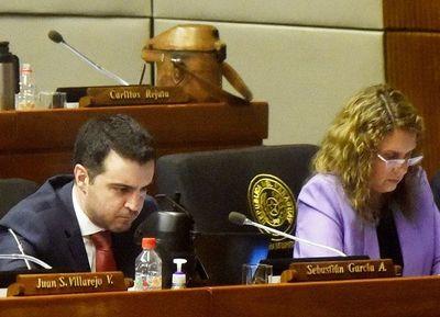 Diputados aplazan ley que elimina el cambio de hora